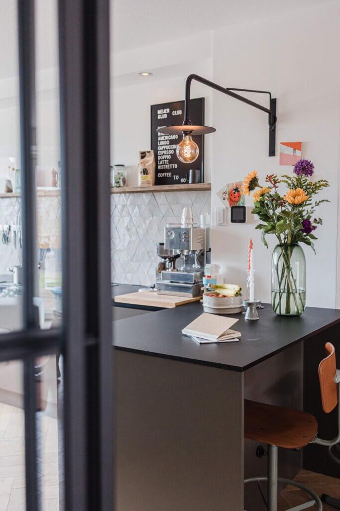 coffee corner keuken houten plank